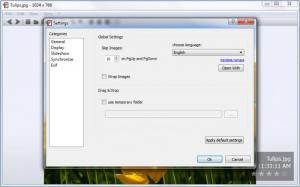 Enlarge nomacs - Image Lounge Screenshot