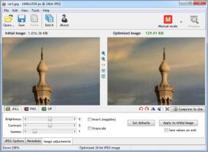 Enlarge RIOT Screenshot