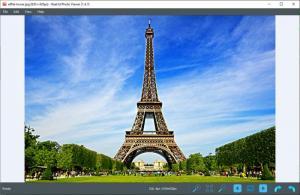 Enlarge Real3D Photo Viewer Screenshot