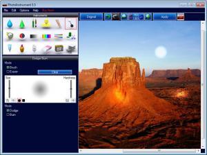 Enlarge PhotoInstrument Screenshot