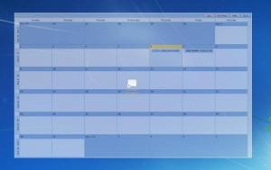 Enlarge Outlook on the Desktop Screenshot
